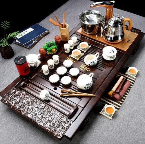 宋代点茶中的茶匙和茶筅:滚起一窝香雪